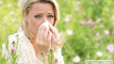Allergie und Schnarchen – angeschwollene Schleimhäute wegen Heuschnupfen